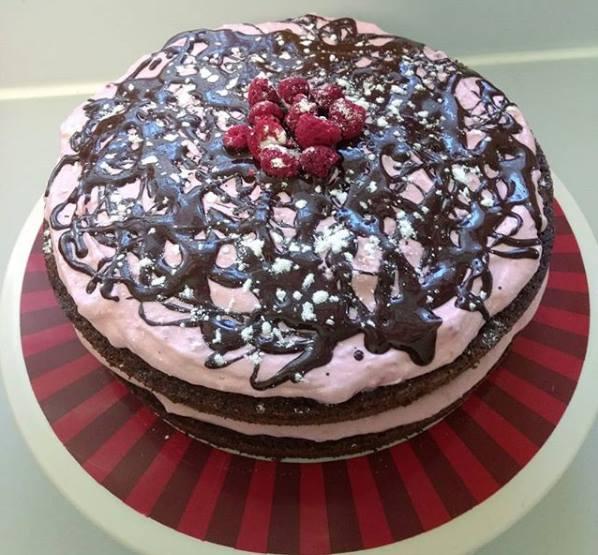 Delicious Keto Kake || dimpledkitchen.com